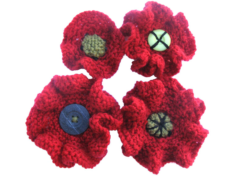 Knitting Pattern For Poppy Brooch : Knitted Poppies 5000 POPPIES