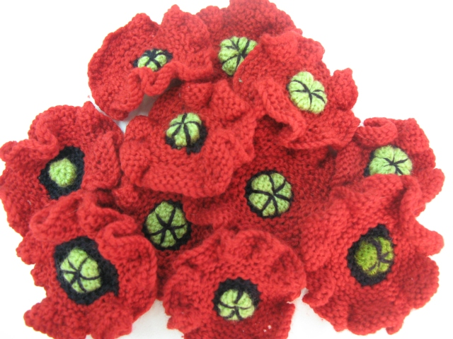 Fayes Knitted Poppies