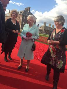 Lynn Marg and Phil meet the Queen