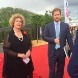 Lynn Meets Prince Harry